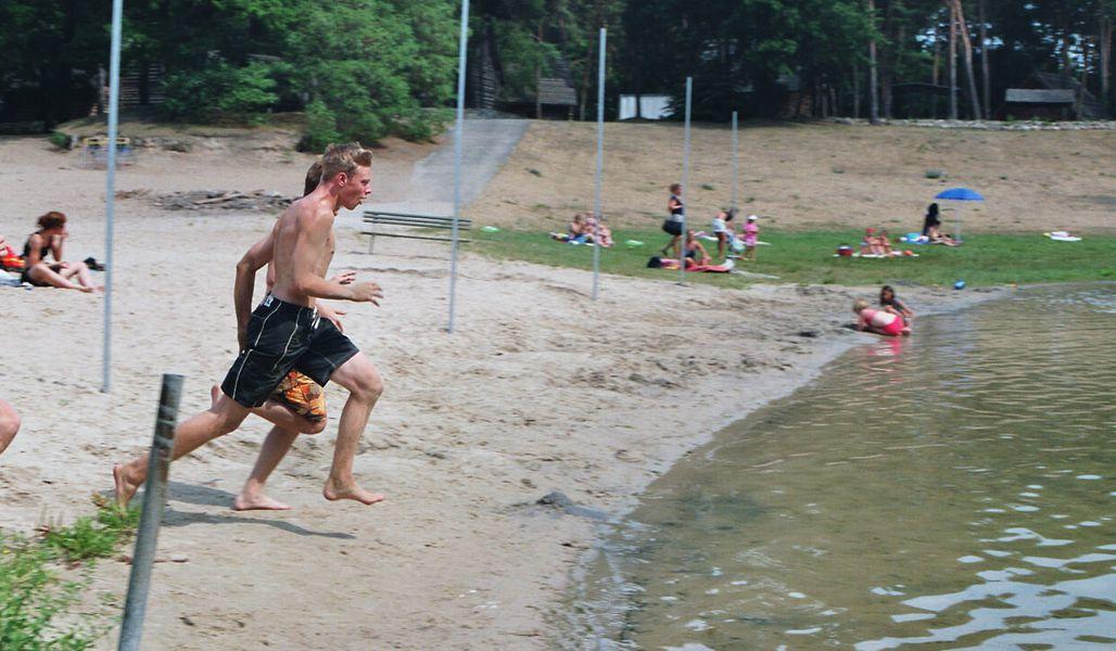 jugendreise.de Beachvolleyballcamp Wittenberge Spaß am Strand