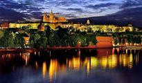 jugendreise.de Klassenfahrt Prag Hradschin bei Nacht