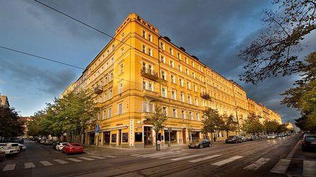 jugendreise.de Klassenfahrt Prag Hotel La Fenice Außenansicht